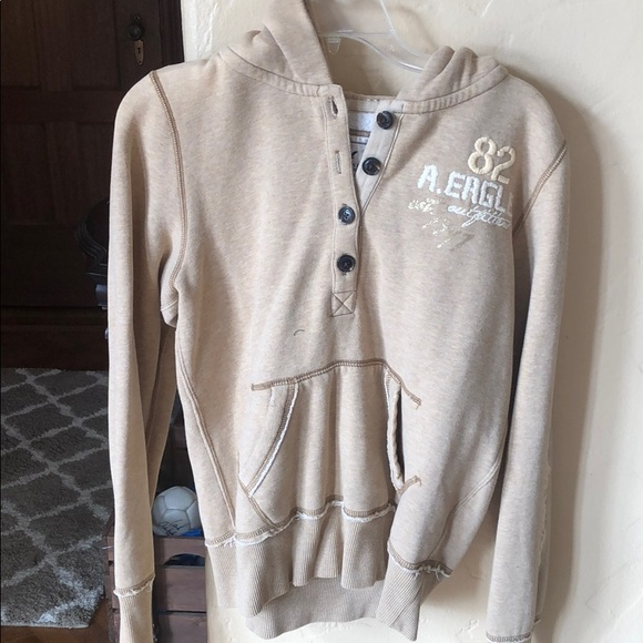 American Eagle buttoned sweatshirt